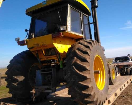 Tractor Pauny 250 2007