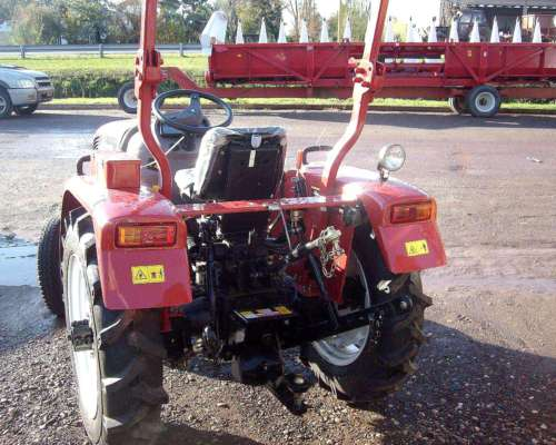 Tractor Hanomag 300 a Nuevo
