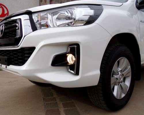 Hilux D/C SR 2.4 TDI 4X2 0km My20. Promoción Marzo0km.