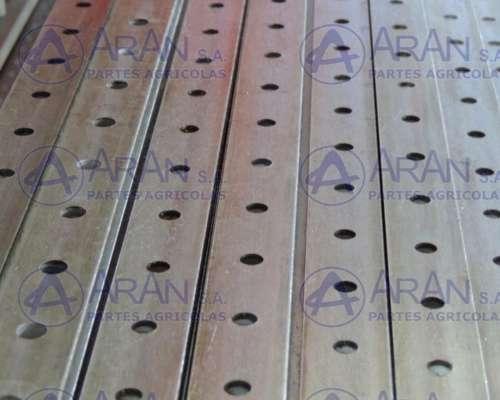 Varilla de 23ft 25x6 C/tornillos de 5,5mm para Vassalli - DR
