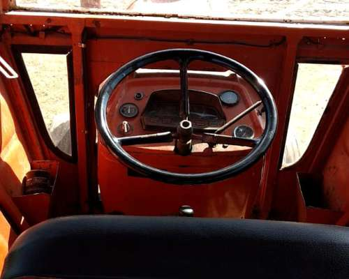 Fiat 700 . -