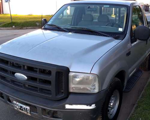 Ford F-100 Duty - Cabina Simple