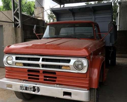 Camión Dodge 800 año 1975