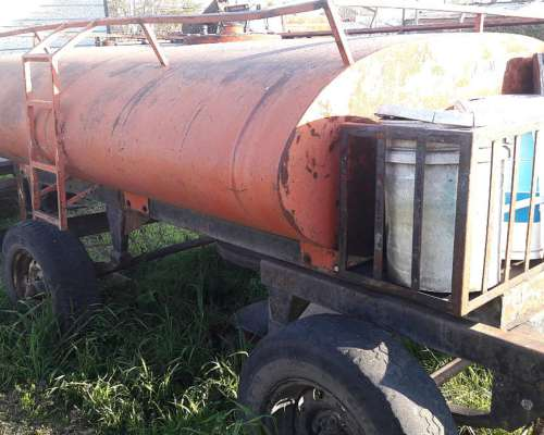 Tanque de Combustible de 2000ltrs. con Bomba