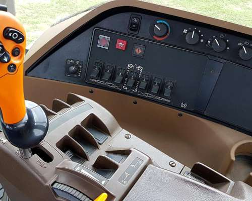Pulverizadora John Deere 4730 - Doble Traccion