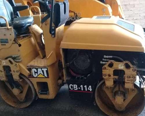 Compactador Caterpillar Cb-114 (año 2012)
