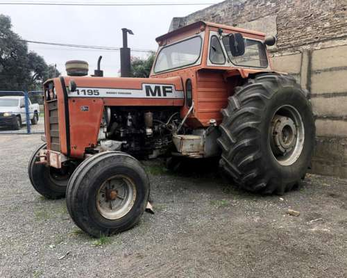 Massey Ferguson 1195 año 1980, Cabina, ROD 32,