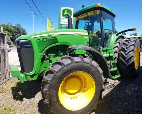 Tractor John Deere 8320 con Piloto Automatico