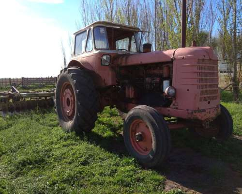 Tractor Fiat 780 .