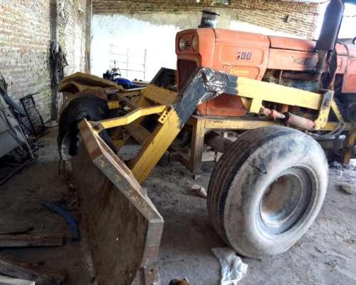 Tractor Topador Fiat 1100