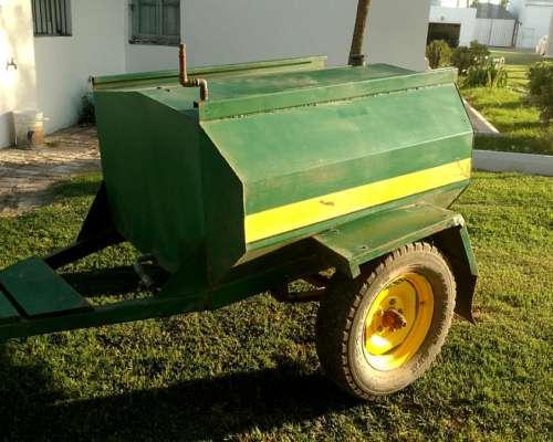 Acoplado Tanque GAS OIL 1100 Lts.-