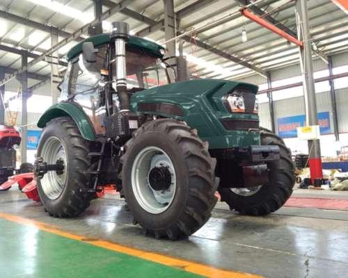 Tractor Brumby 220hp - Motor Yto/cummins - Preventa