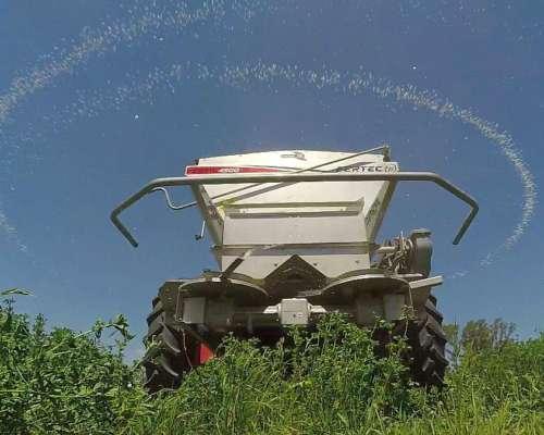 Fertilizadora Fertec 4500 Serie 5