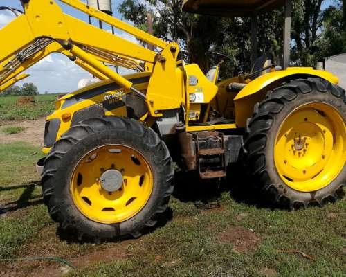 Tractor Pauny con Pala, Tracción Doble