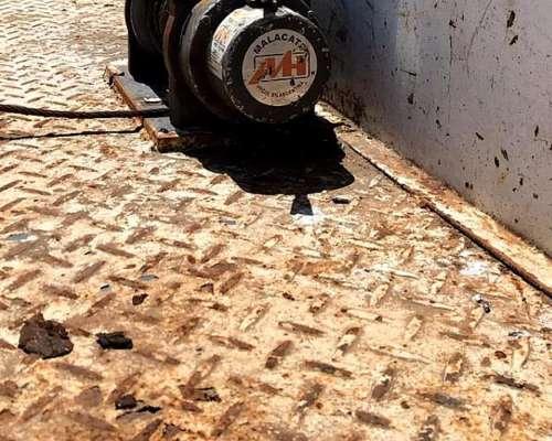 Dodge 800 con Plancha Fija para Tractores con Malacate