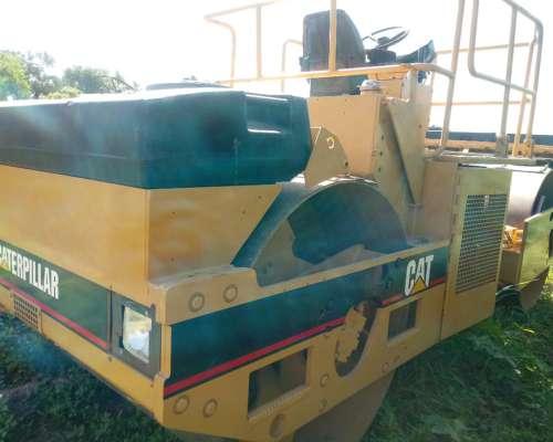Rodillo Compactador Doble Vibrante Caterpillar CB 534b