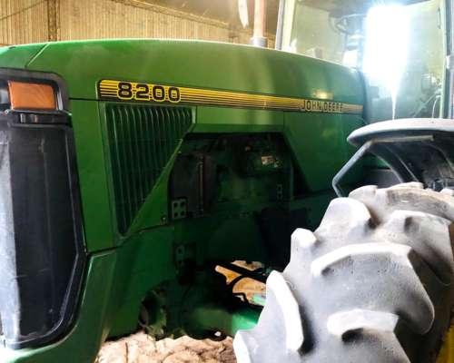 Tractor John Deere 8200 1997