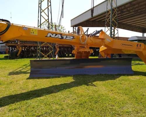 Niveladora Grosspal N12 - Ancho 3,05 M. - 0 km (disponible)