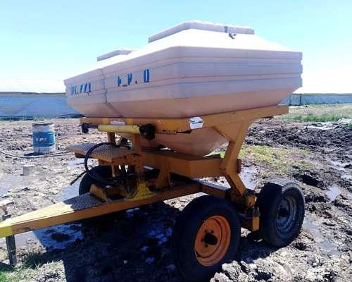 Fertilizadora de Arrastre Pozzi EDR 3000