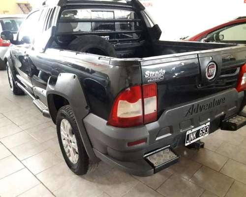Camioneta Fiat Strada 2011