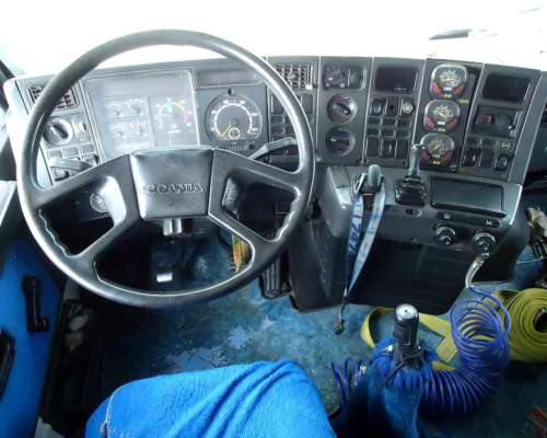 Vendo Hermoso Camión Scania T 113h 4X2 Tablero Envolvente 93