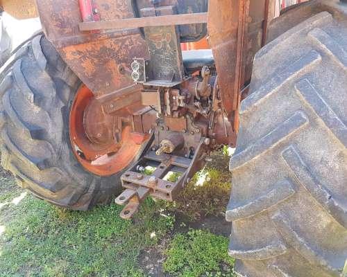 Tractor Zanello UP10 con Pala