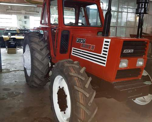 Tractor Fiat 880 Doble Traccion