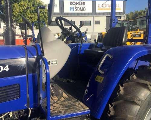 Tractor 4X4 50hp Lovol TB504 Tres Puntos Mecanico