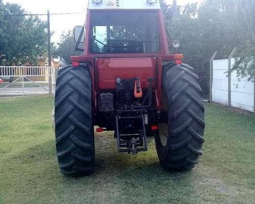 Tractor Fiat 115 90 año 1993 con 8800 Horas
