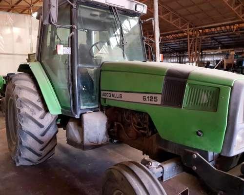Tractor Agco Allis 6.125 Cabinado con A/A y Dirección.