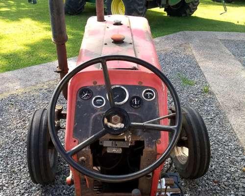 Tractor Masey Fergusson 165 año 1978