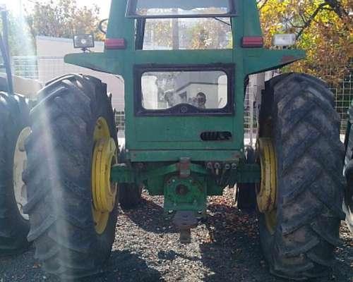 Tractor John Deere Modelo 2140