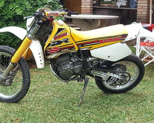 Suzuki DR 350 Pura Sangre
