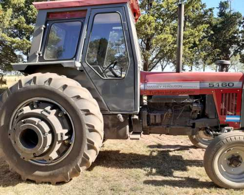 Tractor Massey Ferguson 5160, Usado