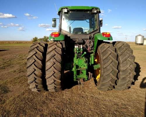 Tractor John Deere 7515 año 2008