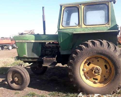 Tractor John Deere, 2420 Traccion Simple