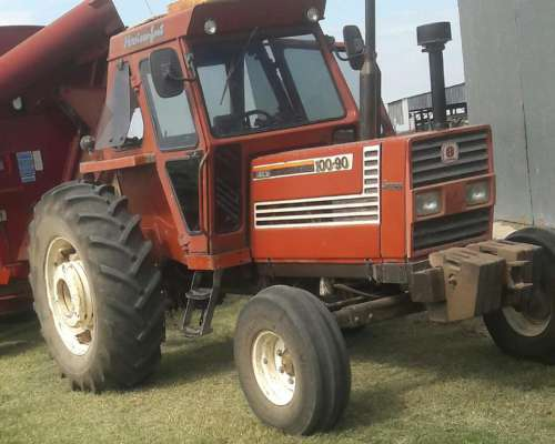 Tractor Fiat 100-90 año 1996 muy Bueno