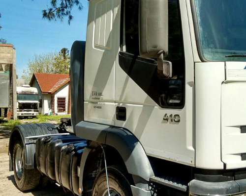 Camion Iveco Eurotech 2006