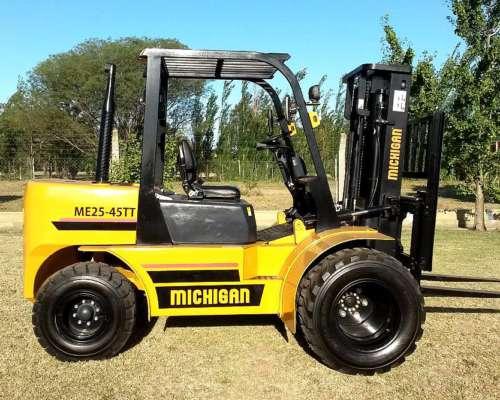 Autoelevador Michigan 3t, 4,5m Cignoli Hnos. Vende