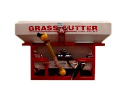 Fertilizadora Grass Cutter MB 1000 AR