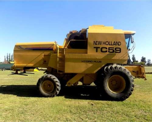 Cosechadora New Holland TC 59, año 2000