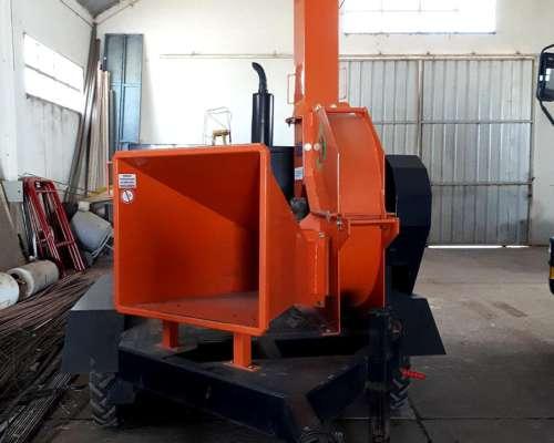 Chipeadora Deisa CH 1200 MWM