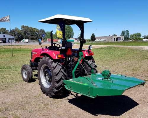 Tractor Apache Solis 60 HP con Desmalezadora Agromec