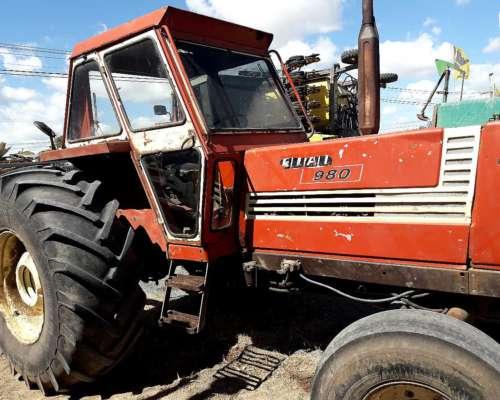Tractor Fiat 980, con Tres Puntos