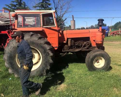 Tractor Fiat 1100 en Buen Estado Motor Reparadoa a 0 Total.