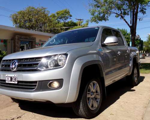 Amarok D/C 2.0 TDI Highline Pack A/T 4X4 año 2014, Impecable