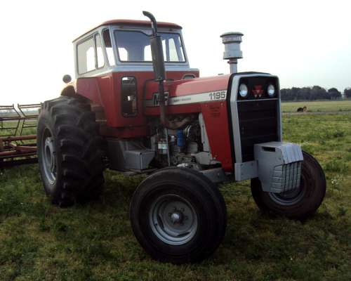 Tractor Massey Fergusson 1195 año 1980