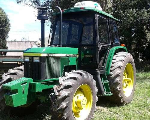 Tractor John Deere 6300
