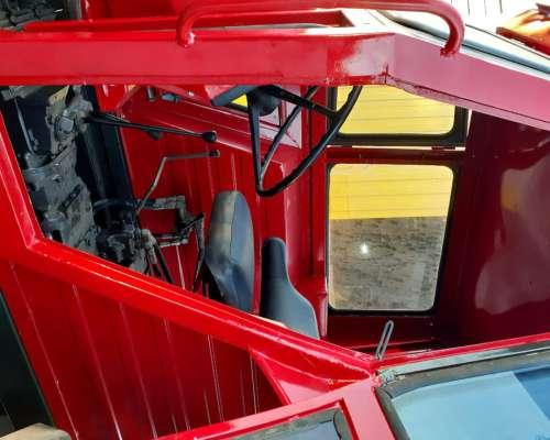 Tractor Massey 290 .