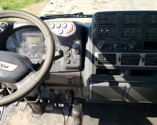 Iveco Cursor 330 450e33t Modelo 2012
